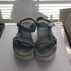 Teva platform sandal